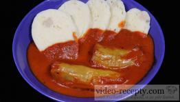 Rychlé masové rýžovo-kapustové plněné papriky s rajskou omáčkou