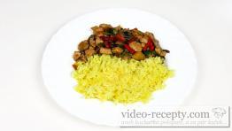 Kari rýže z rýžovaru