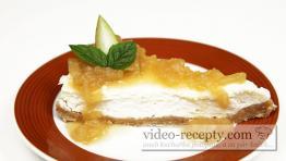 Cheesecake s hruškovo - medovým přelivem